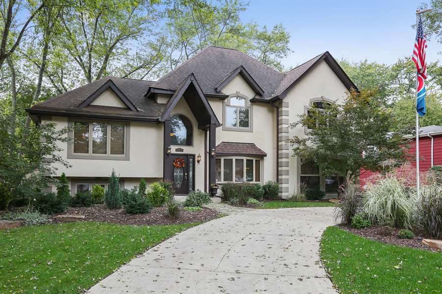 Real Estate Photography - 22W531 Balsam, Glen Ellyn, IL, 60137 - Front View