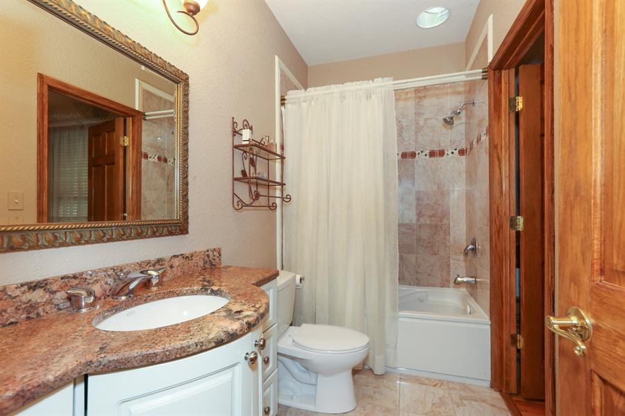 Real Estate Photography - 22W531 Balsam, Glen Ellyn, IL, 60137 - Bathroom