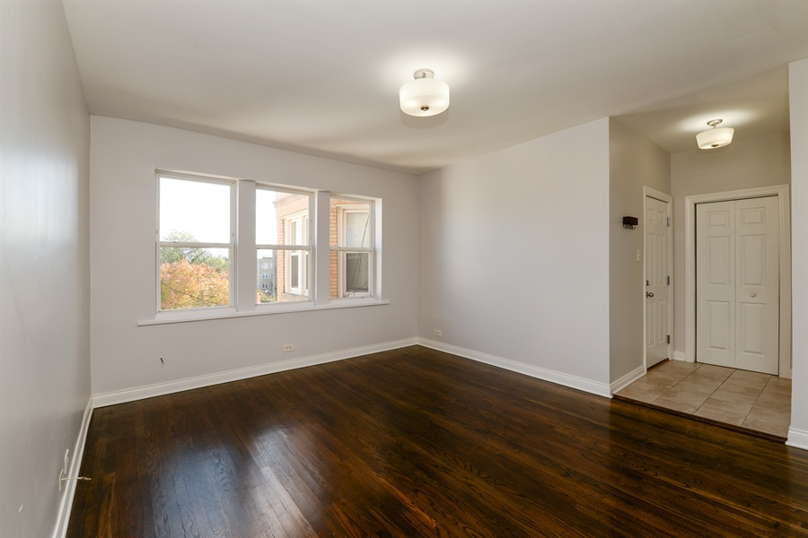Real Estate Photography - 3555 W Lyndale, 3C, Chicago, IL, 60647 - Living Room