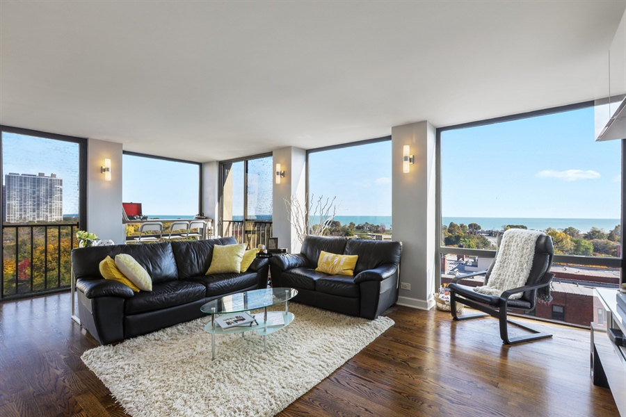 Real Estate Photography - 345 W Fullerton, 1301, Chicago, IL, 60614 - Living Room