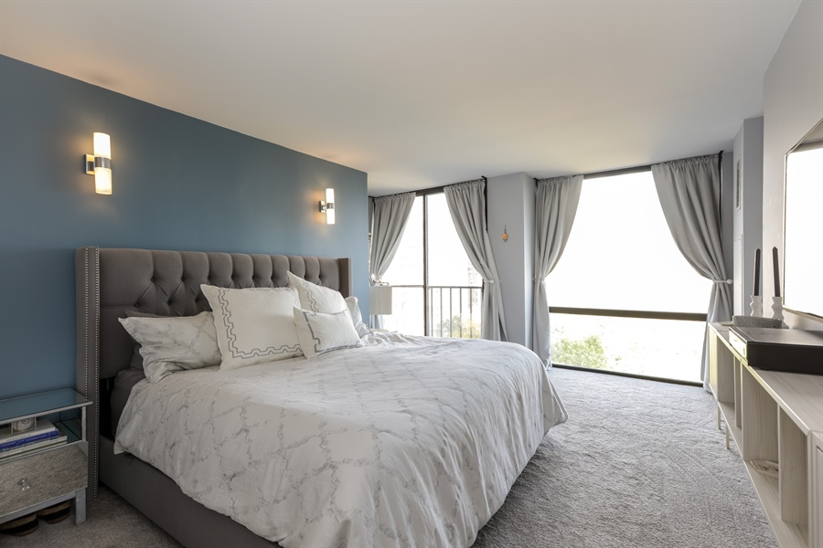 Real Estate Photography - 345 W Fullerton, 1301, Chicago, IL, 60614 - Master Bedroom