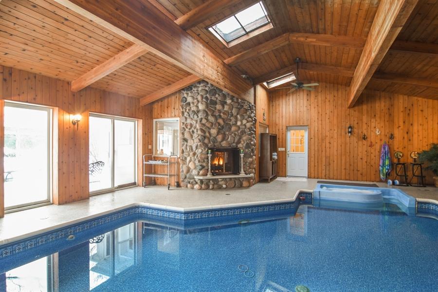 Real Estate Photography - 101 Howe Terrace, Barrington, IL, 60010 - Location 2