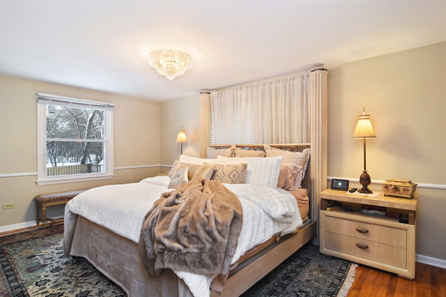 Real Estate Photography - 101 Howe Terrace, Barrington, IL, 60010 - Master Bedroom