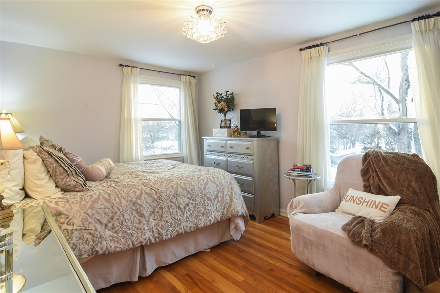 Real Estate Photography - 101 Howe Terrace, Barrington, IL, 60010 - 2nd Bedroom