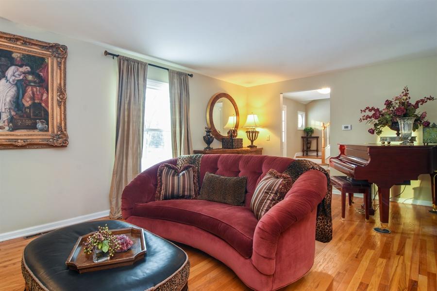 Real Estate Photography - 101 Howe Terrace, Barrington, IL, 60010 - Living Room