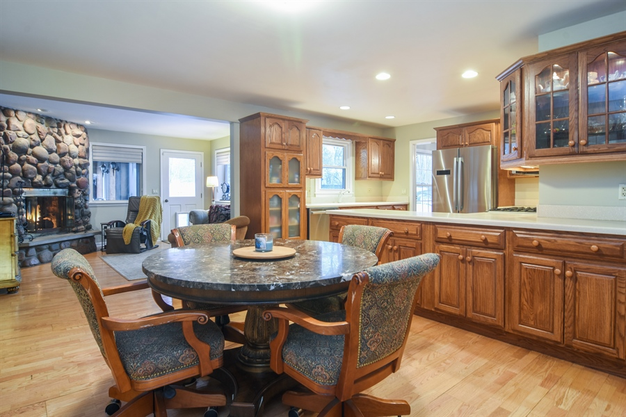 Real Estate Photography - 101 Howe Terrace, Barrington, IL, 60010 - Great Room