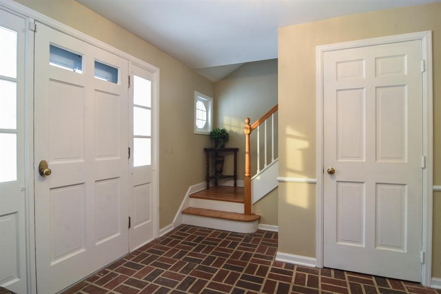 Real Estate Photography - 101 Howe Terrace, Barrington, IL, 60010 - Foyer