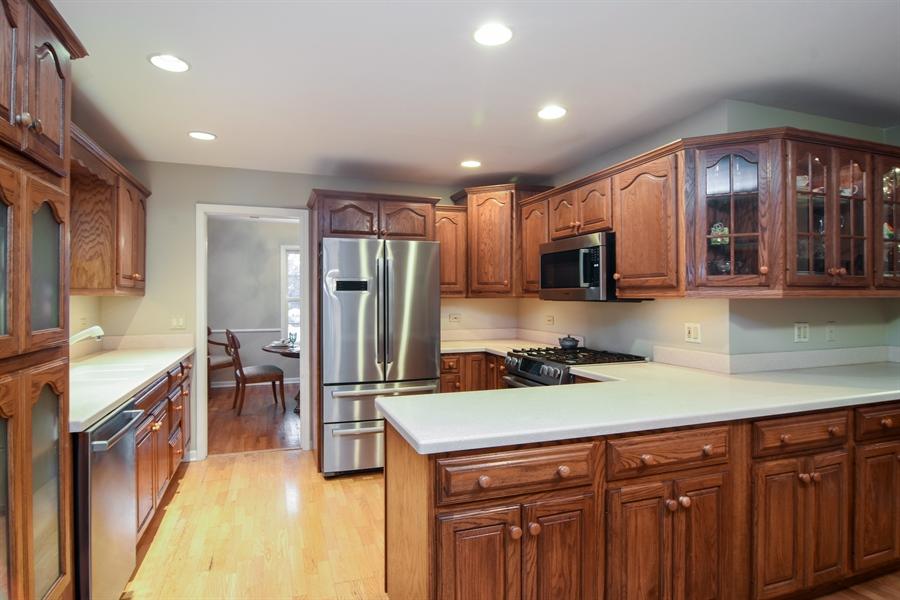 Real Estate Photography - 101 Howe Terrace, Barrington, IL, 60010 - Kitchen