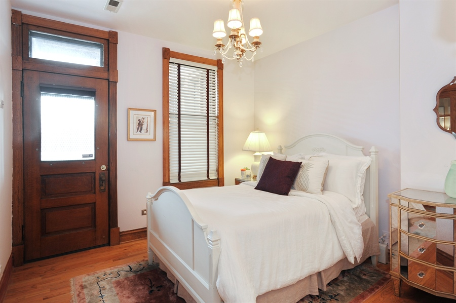 Real Estate Photography - 4113 N Kenmore, Chicago, IL, 60613 - 3rd Bedroom