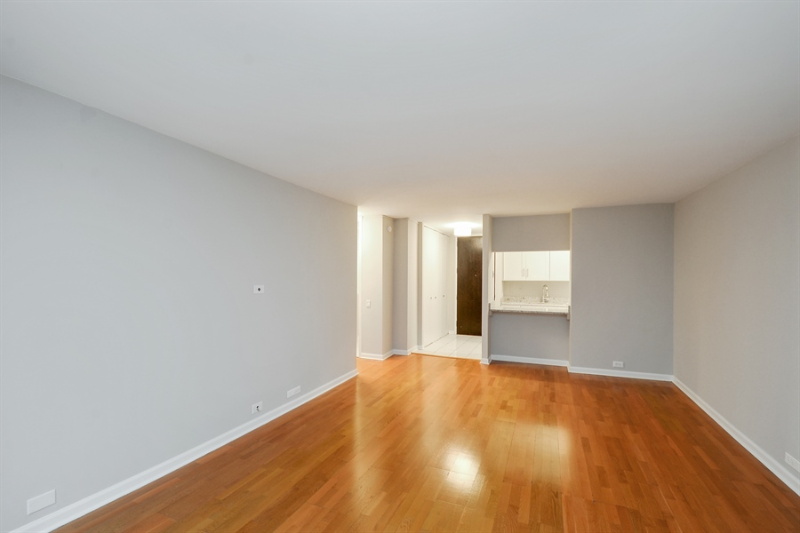 Real Estate Photography - 535 N Michigan Ave, 1403, Chicago, IL, 60611 - Living Room