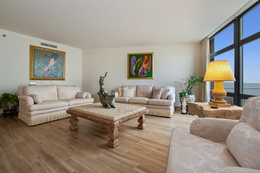 Real Estate Photography - 680 N Lake Shore Dr, 705, Chicago, IL, 60611 - Living Room