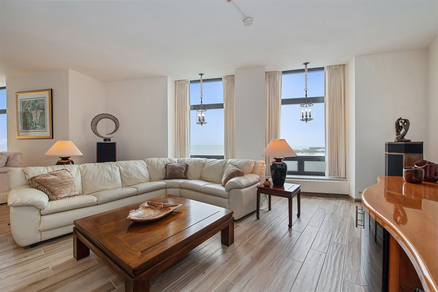 Real Estate Photography - 680 N Lake Shore Dr, 705, Chicago, IL, 60611 - Family Room
