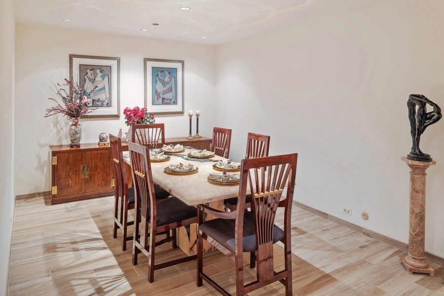 Real Estate Photography - 680 N Lake Shore Dr, 705, Chicago, IL, 60611 - Dining Room