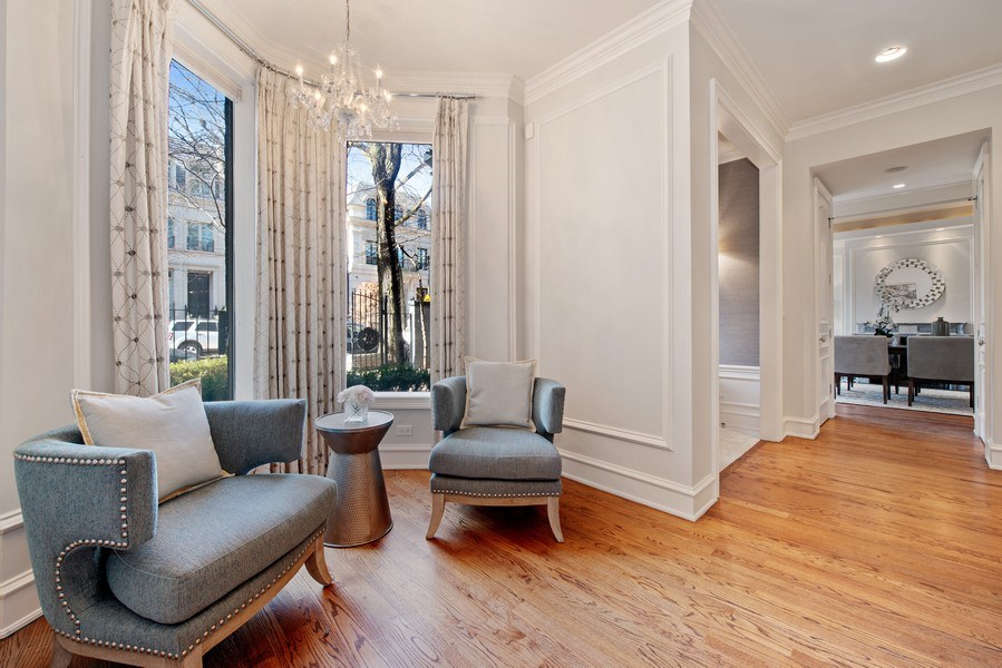 Real Estate Photography - 1953 N. Dayton, Chicago, IL, 60614 - Living Room