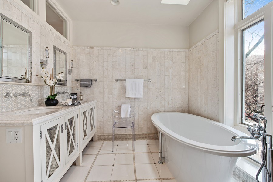 Real Estate Photography - 1953 N. Dayton, Chicago, IL, 60614 - Master Bathroom
