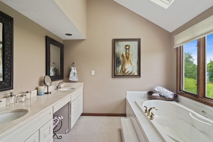 Real Estate Photography - 20905 Pheasant Trail, Barrington, IL, 60010 - Master Bathroom