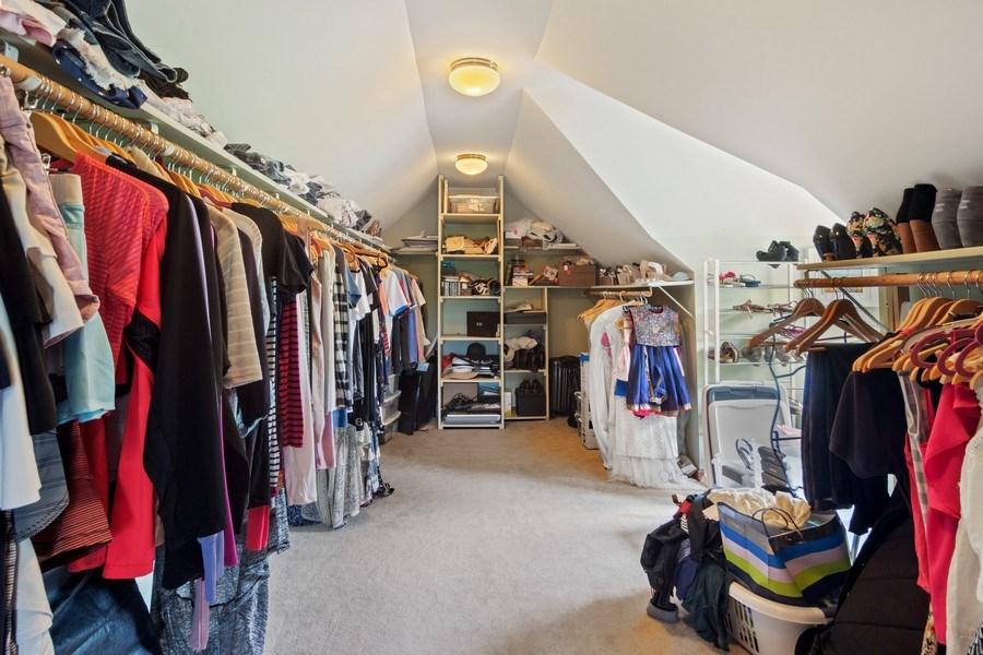 Real Estate Photography - 20905 Pheasant Trail, Barrington, IL, 60010 - Master Bedroom Closet