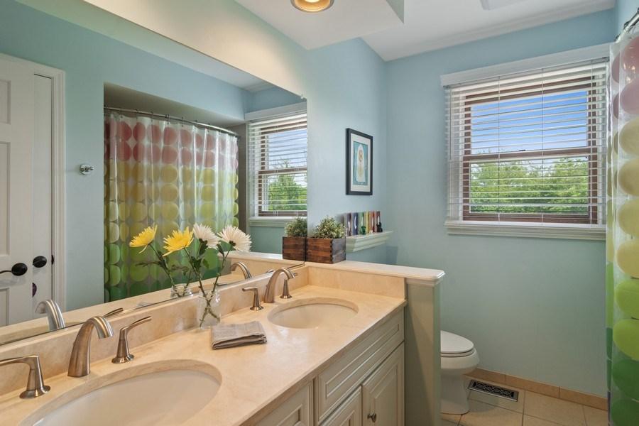 Real Estate Photography - 20905 Pheasant Trail, Barrington, IL, 60010 - Bathroom