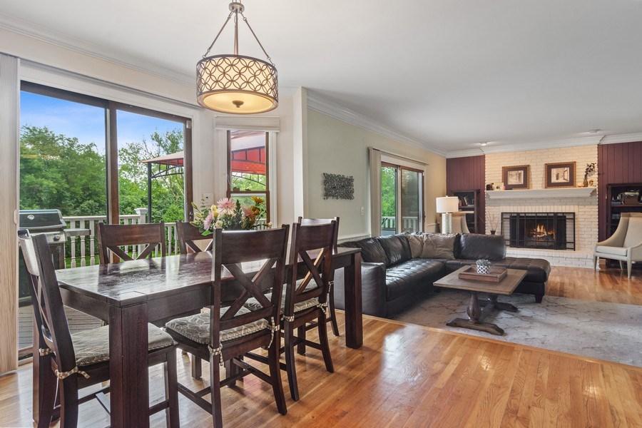 Real Estate Photography - 20905 Pheasant Trail, Barrington, IL, 60010 - Breakfast Nook