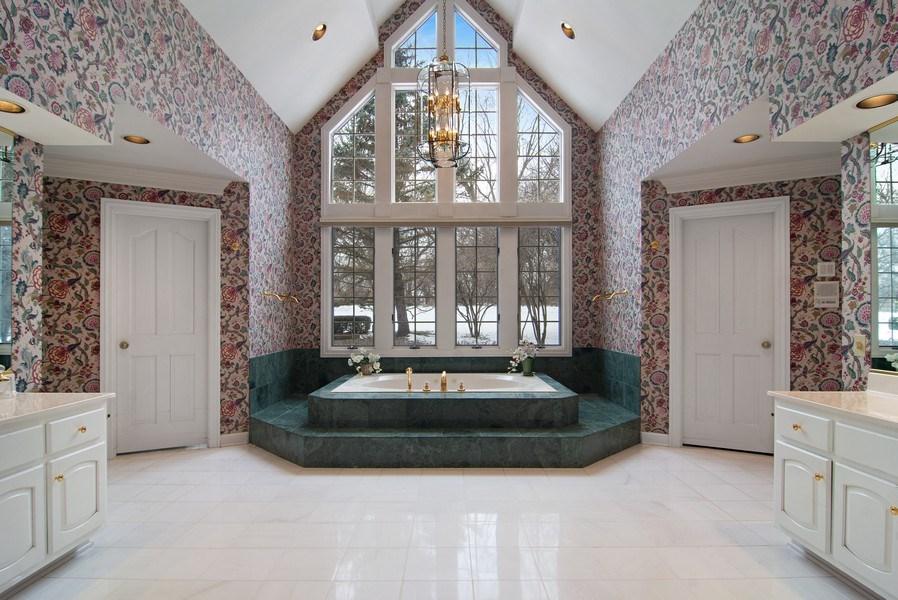 Real Estate Photography - 120 Haverton Way, Barrington, IL, 60010 - Master Bathroom