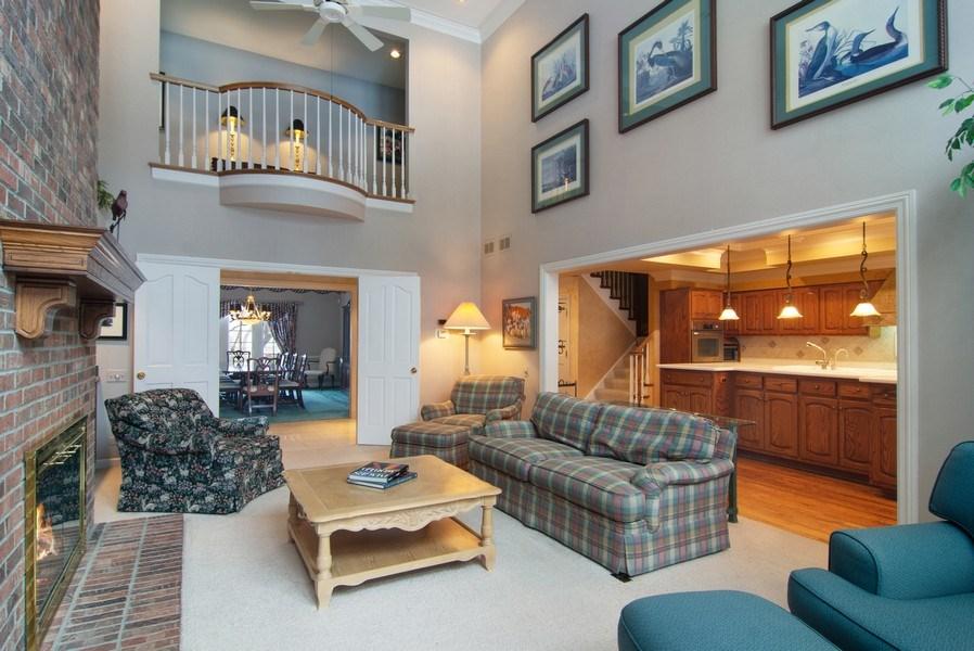 Real Estate Photography - 120 Haverton Way, Barrington, IL, 60010 - Great Room