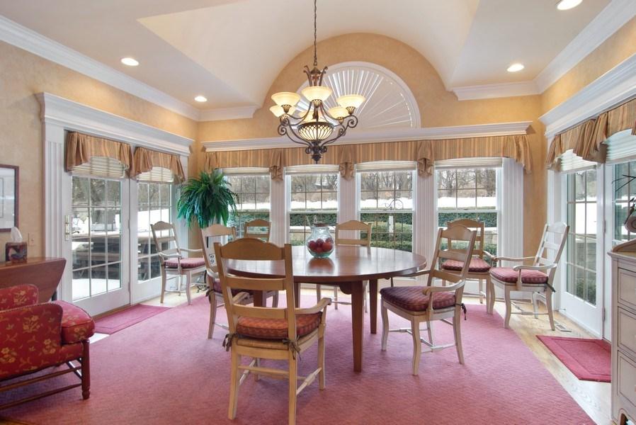 Real Estate Photography - 120 Haverton Way, Barrington, IL, 60010 - Sun Room