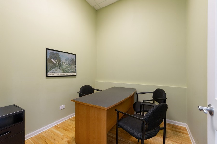 Real Estate Photography - 2046 W. BELMONT, Chicago, IL, 60647 -