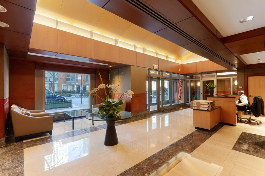 Real Estate Photography - 445 E North Water, Unit 2605, Chicago, IL, 60611 - Lobby