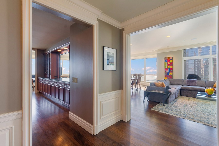 Real Estate Photography - 445 E North Water, Unit 2605, Chicago, IL, 60611 - Foyer