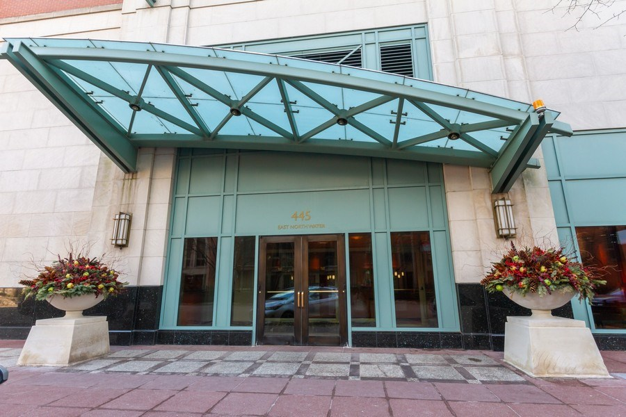 Real Estate Photography - 445 E North Water, Unit 2605, Chicago, IL, 60611 - Front View