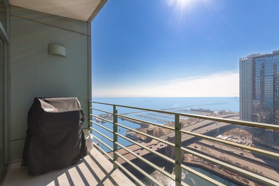 Real Estate Photography - 445 E North Water, Unit 2605, Chicago, IL, 60611 - Deck