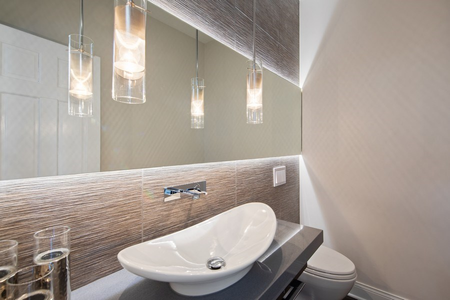 Real Estate Photography - 1500 Burberry Lane, Schaumburg, IL, 60173 - Powder Room
