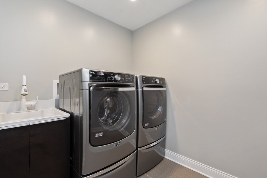 Real Estate Photography - 1500 Burberry Lane, Schaumburg, IL, 60173 - Laundry Room