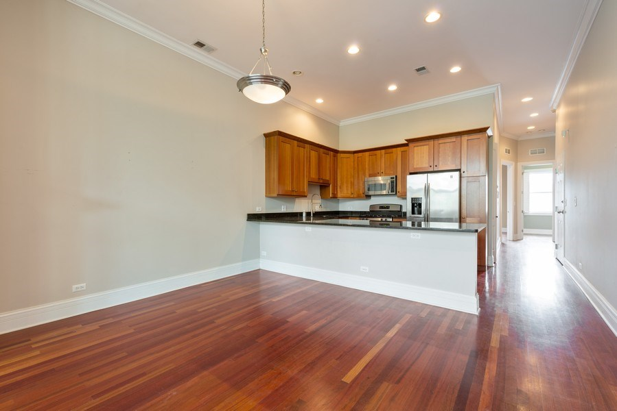 Real Estate Photography - 2549 N. Southport, 2, Chicago, IL, 60614 - Dining Room