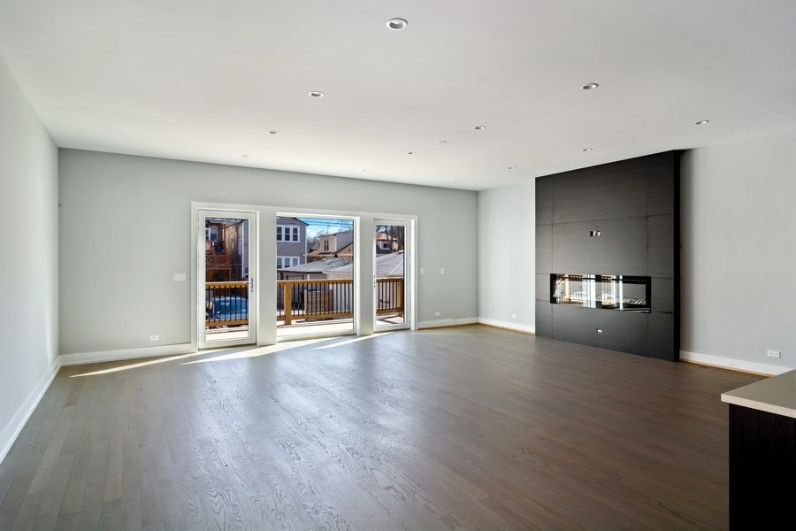 Real Estate Photography - 4249 N. Ridgeway Ave., Chicago, IL, 60618 - Family Room