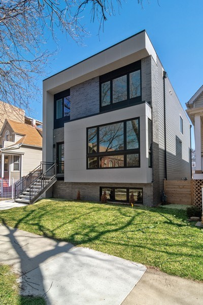 Real Estate Photography - 4249 N. Ridgeway Ave., Chicago, IL, 60618 - Front View