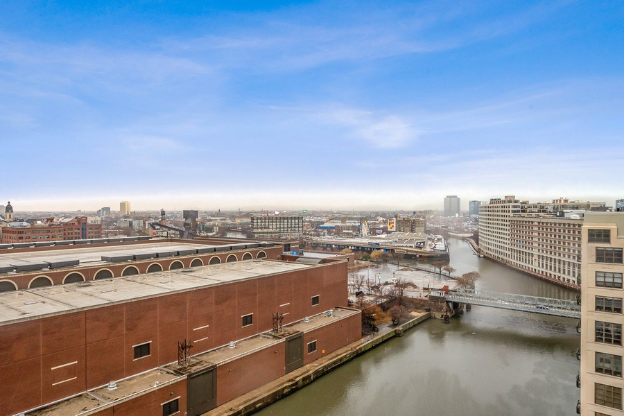 Real Estate Photography - 700 N Larrabee #1115, Chicago, IL, 60654 - View