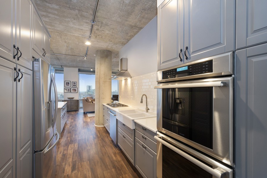 Real Estate Photography - 700 N Larrabee #1115, Chicago, IL, 60654 - Kitchen