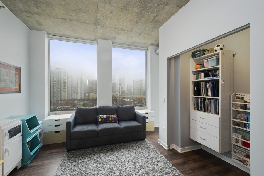 Real Estate Photography - 700 N Larrabee #1115, Chicago, IL, 60654 - Bedroom