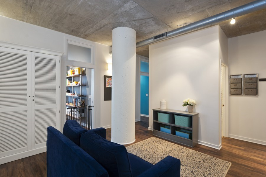 Real Estate Photography - 700 N Larrabee #1115, Chicago, IL, 60654 - Family Room