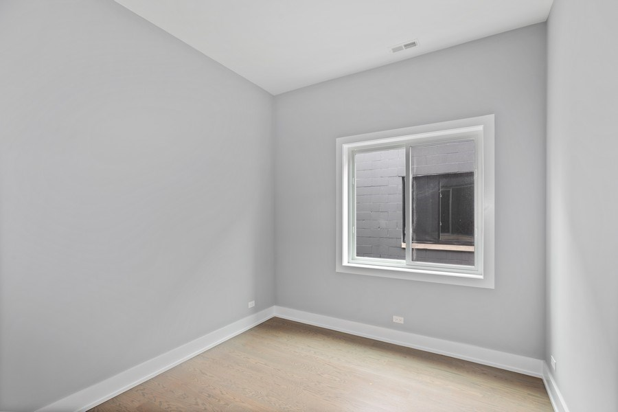 Real Estate Photography - 730 W. 17th Place, 2E, Chicago, IL, 60616 - 2nd Bedroom