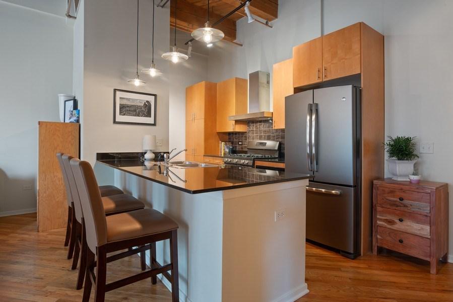 Real Estate Photography - 1040 W Adams St., Unit 209, Chicago, IL, 60607 - Kitchen