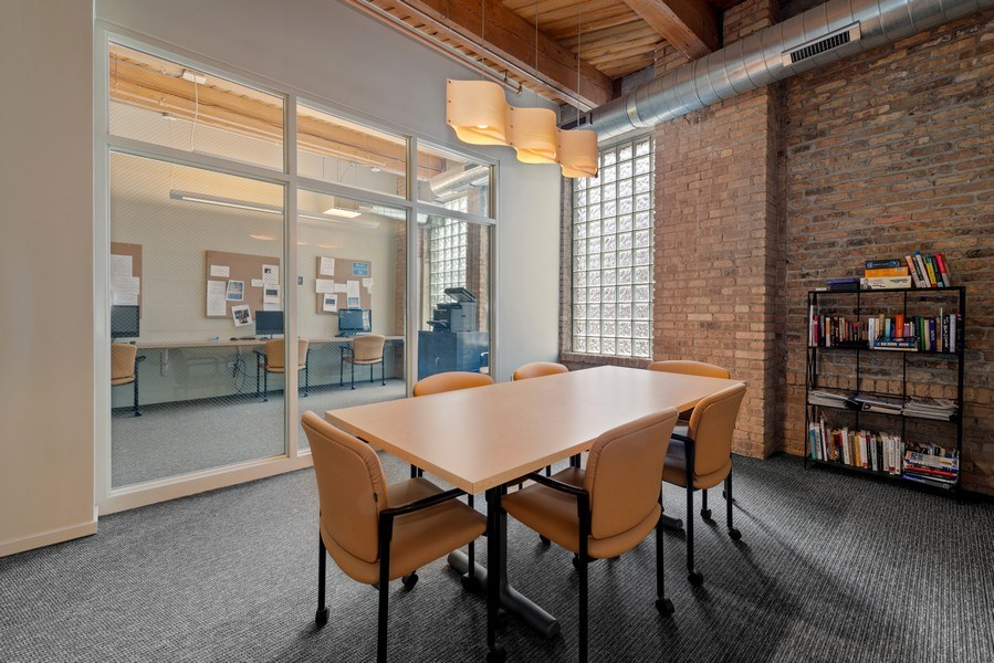 Real Estate Photography - 1040 W Adams St., Unit 209, Chicago, IL, 60607 - Business Center
