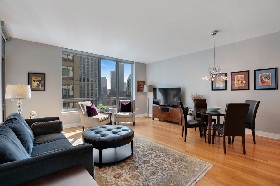 Real Estate Photography - 600 N Lake Shore Dr, Unit 3503, Chicago, IL, 60611 - Living Room