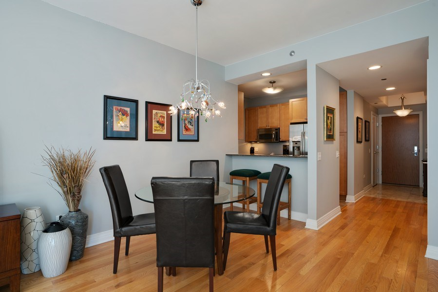 Real Estate Photography - 600 N Lake Shore Dr, Unit 3503, Chicago, IL, 60611 - Dining Room