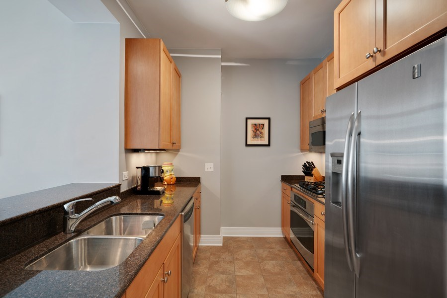 Real Estate Photography - 600 N Lake Shore Dr, Unit 3503, Chicago, IL, 60611 - Kitchen