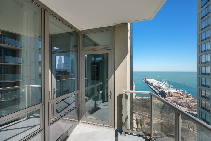 Real Estate Photography - 600 N Lake Shore Dr, Unit 3503, Chicago, IL, 60611 - Balcony