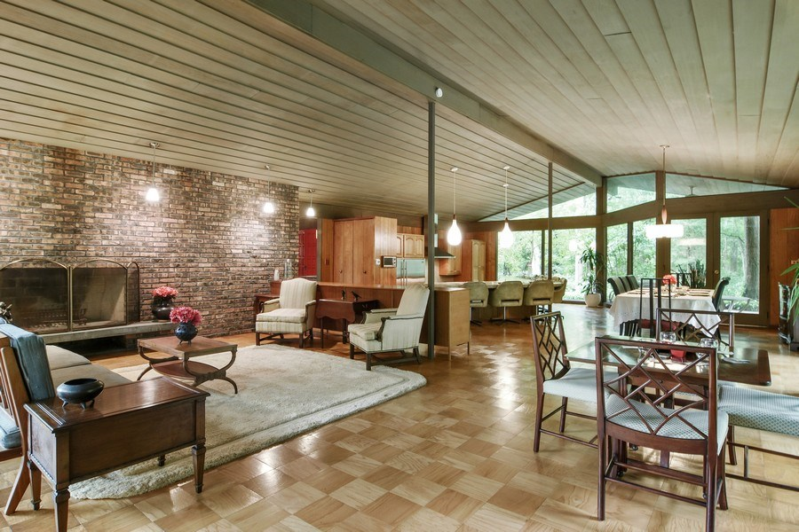 Real Estate Photography - 65 Timberlake Parkway, Barrington, IL, 60010 - Great Room