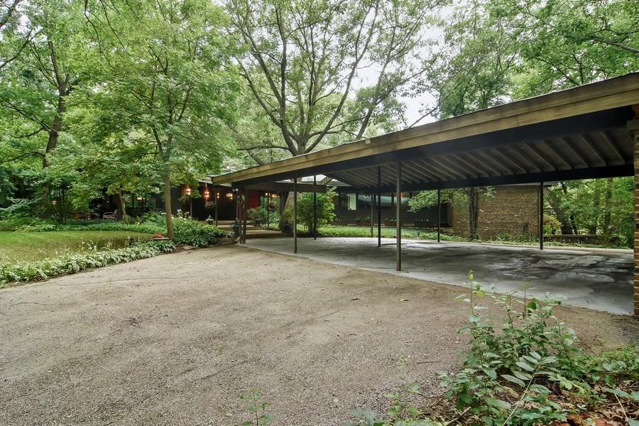 Real Estate Photography - 65 Timberlake Parkway, Barrington, IL, 60010 - Driveway