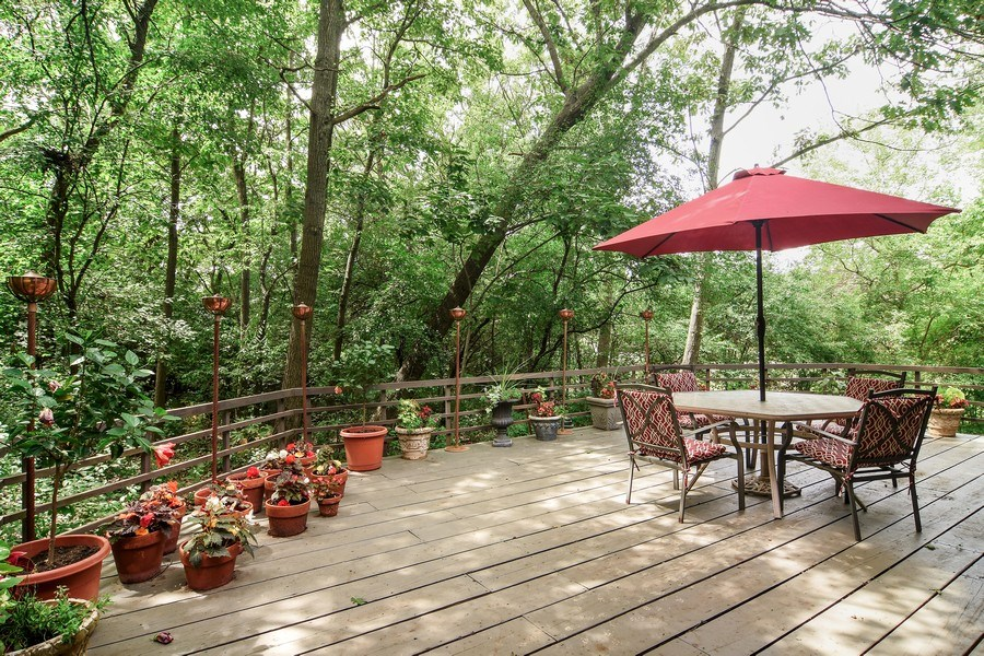 Real Estate Photography - 65 Timberlake Parkway, Barrington, IL, 60010 - Deck